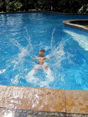Active Drowning Victim